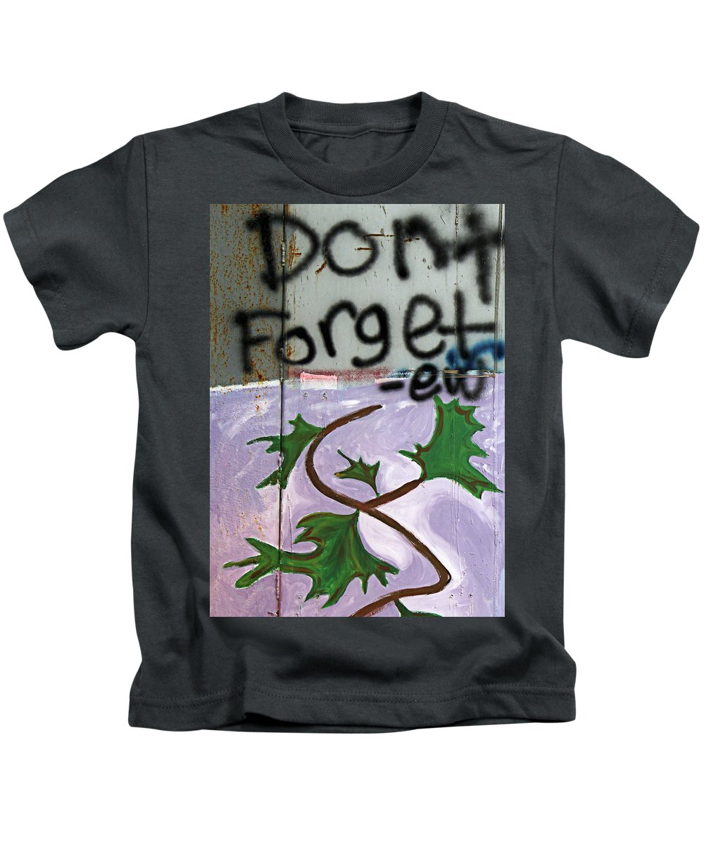 Dont Forget Kids T-Shirt featuring the photograph Dont Forget by Munir Alawi