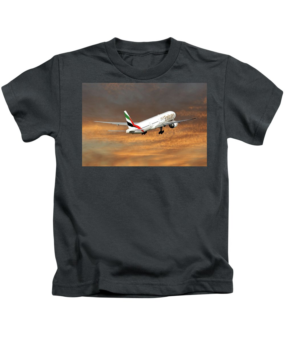 Emirates Kids T-Shirt featuring the photograph Emirates Boeing 777-36n 3 by Smart Aviation