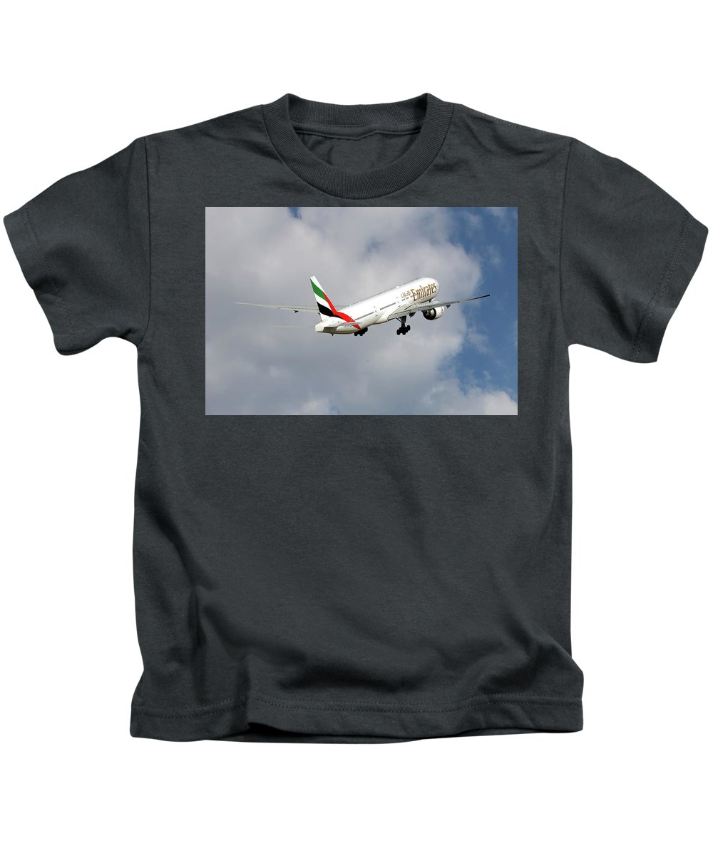 Emirates Kids T-Shirt featuring the photograph Emirates Boeing 777-36n 5 by Smart Aviation