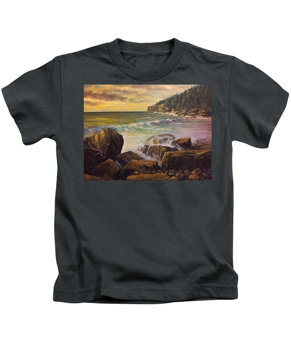Seascape Kids T-Shirt featuring the painting Ending The Day by Vlad Duchev