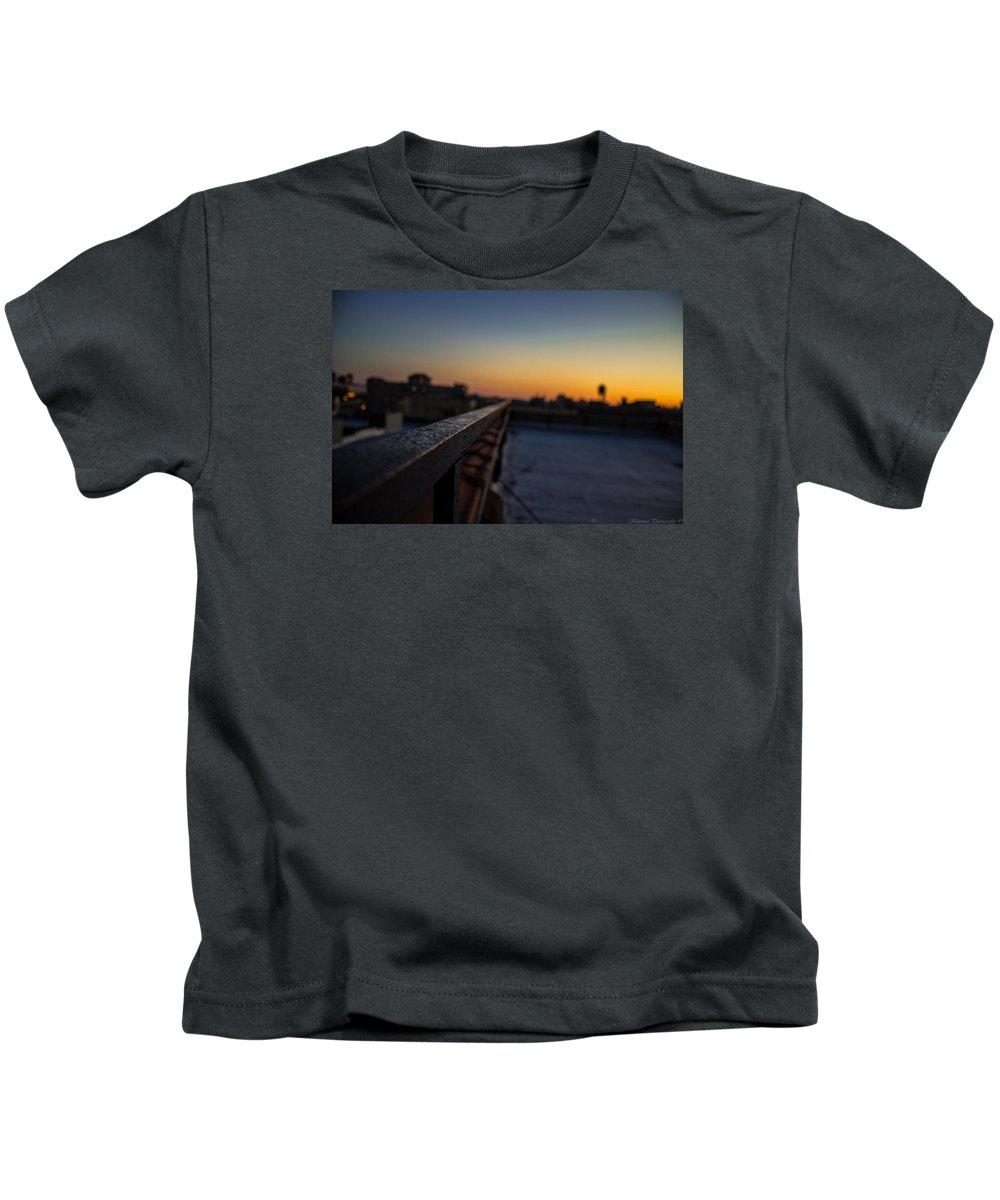Horizon Kids T-Shirt featuring the photograph Endless Horizon by Saul Tavarez