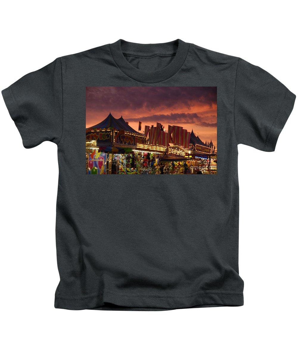 Fair Kids T-Shirt featuring the photograph Fairsky by David Lee Thompson