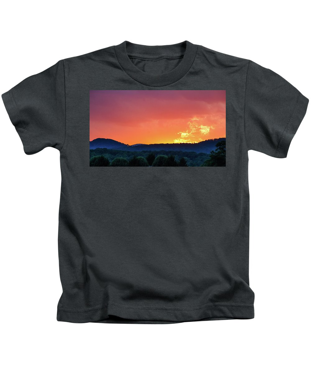 Beauty In Nature Kids T-Shirt featuring the photograph Fire On High by Bryan Pollard