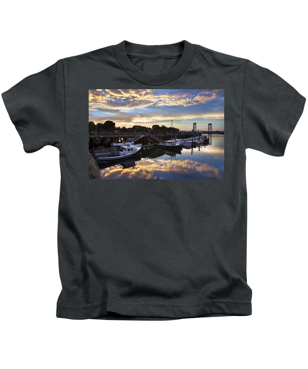 Portsmouth Kids T-Shirt featuring the photograph Fishing Pier Sunset by Eric Gendron