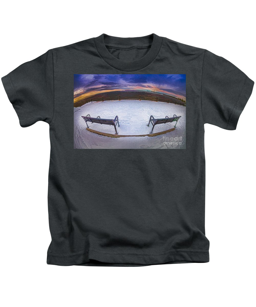 Abstract Kids T-Shirt featuring the photograph Front Row Seat by Roger Monahan