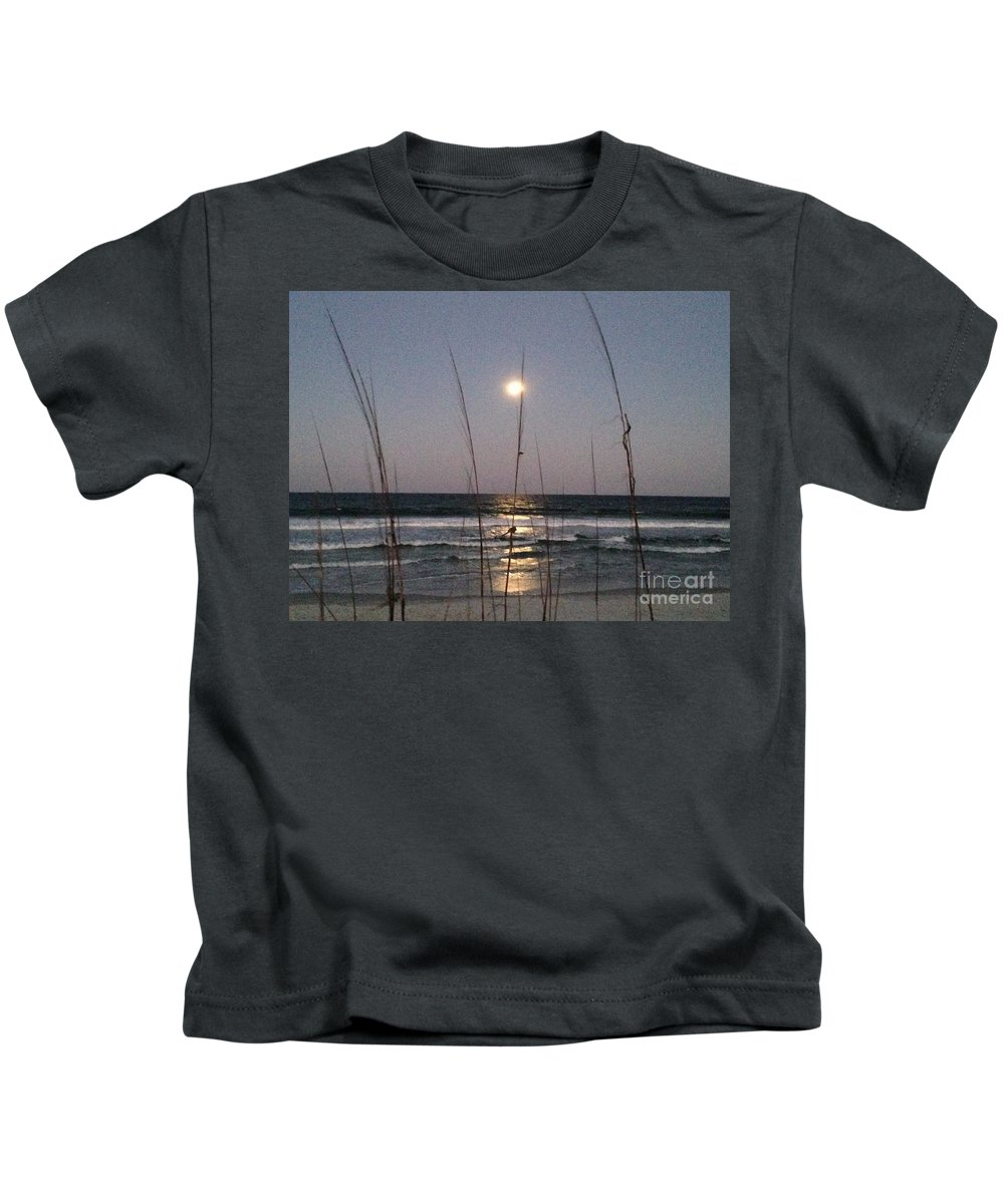 Moon Kids T-Shirt featuring the photograph Full Moon Rising by Tammie Mohn