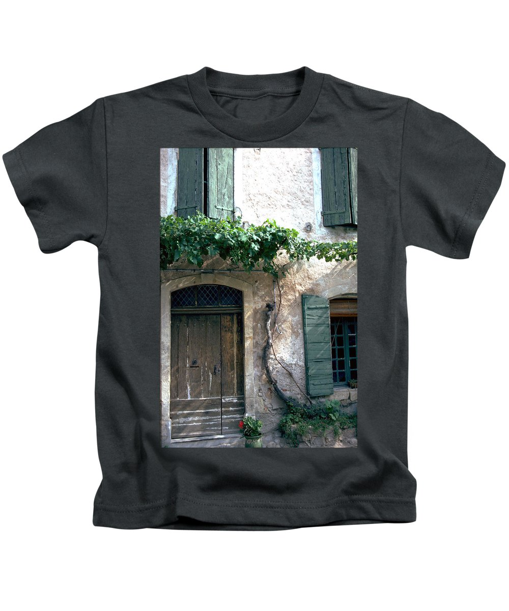 Grapevine Kids T-Shirt featuring the photograph Grapevine by Flavia Westerwelle