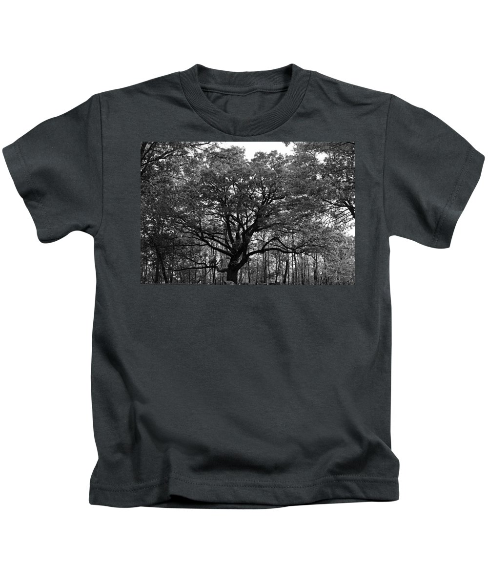 Bur Oak Kids T-Shirt featuring the photograph Green Giant In Black And White by Larry Ricker