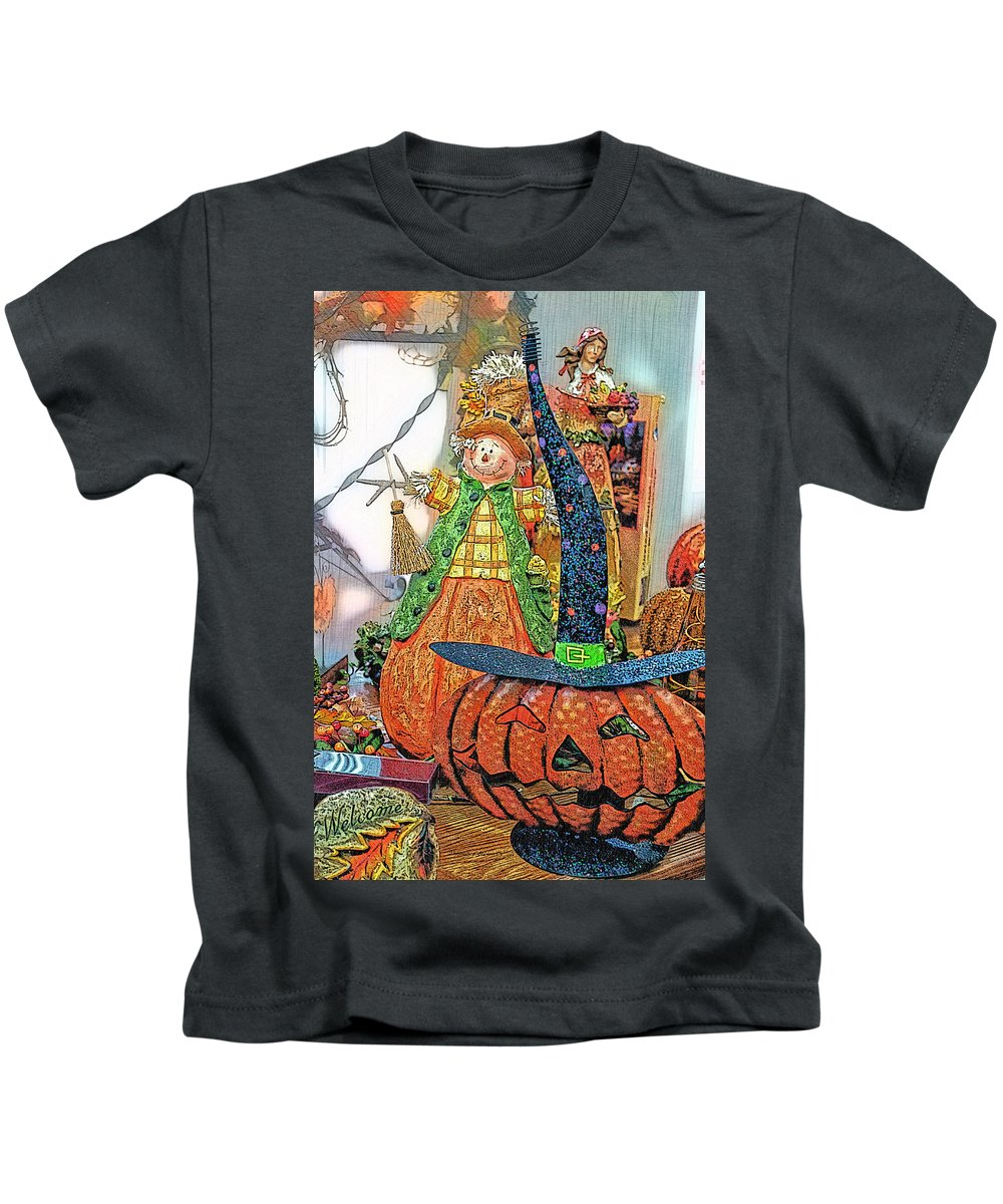 Halloween Kids T-Shirt featuring the photograph Halloween Scarecrow And Pumpkin Pa 02 Vertical by Thomas Woolworth