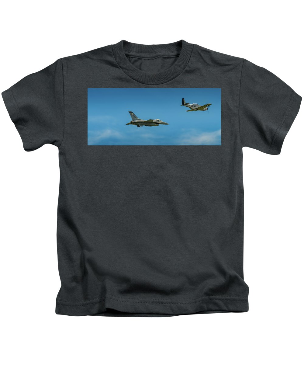 Aircraft Kids T-Shirt featuring the pyrography Heritage Flight Of F16 And P51 by Javier Flores
