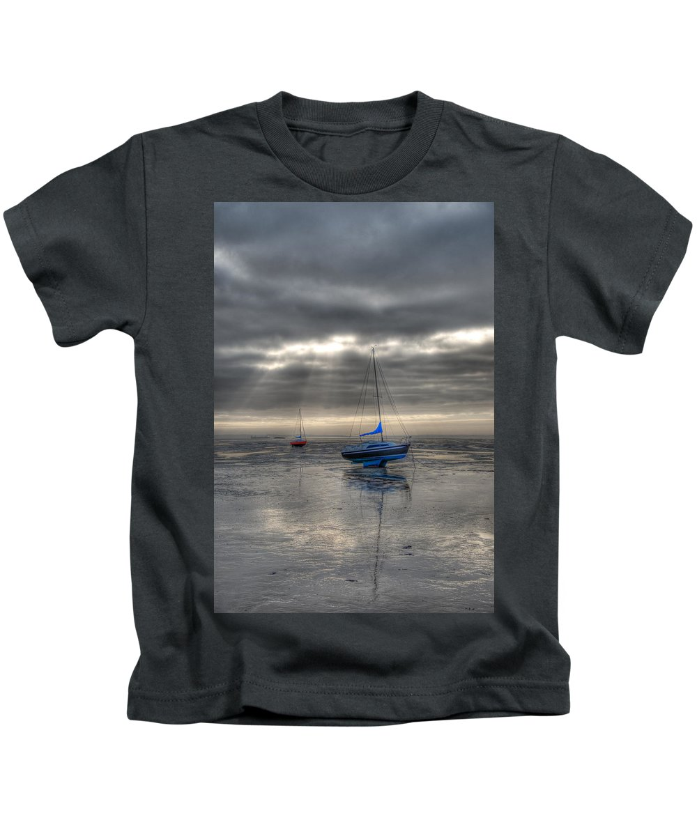 Yachts Kids T-Shirt featuring the photograph High And Dry by Chris Thaxter