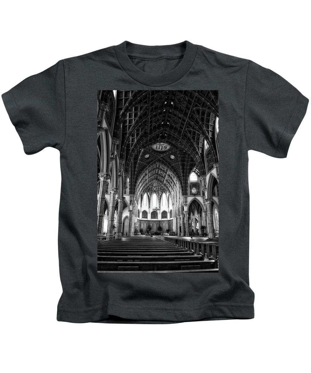 Holy Name Cathedral Kids T-Shirt featuring the mixed media Holy Name Cathedral Chicago Bw 04 by Thomas Woolworth