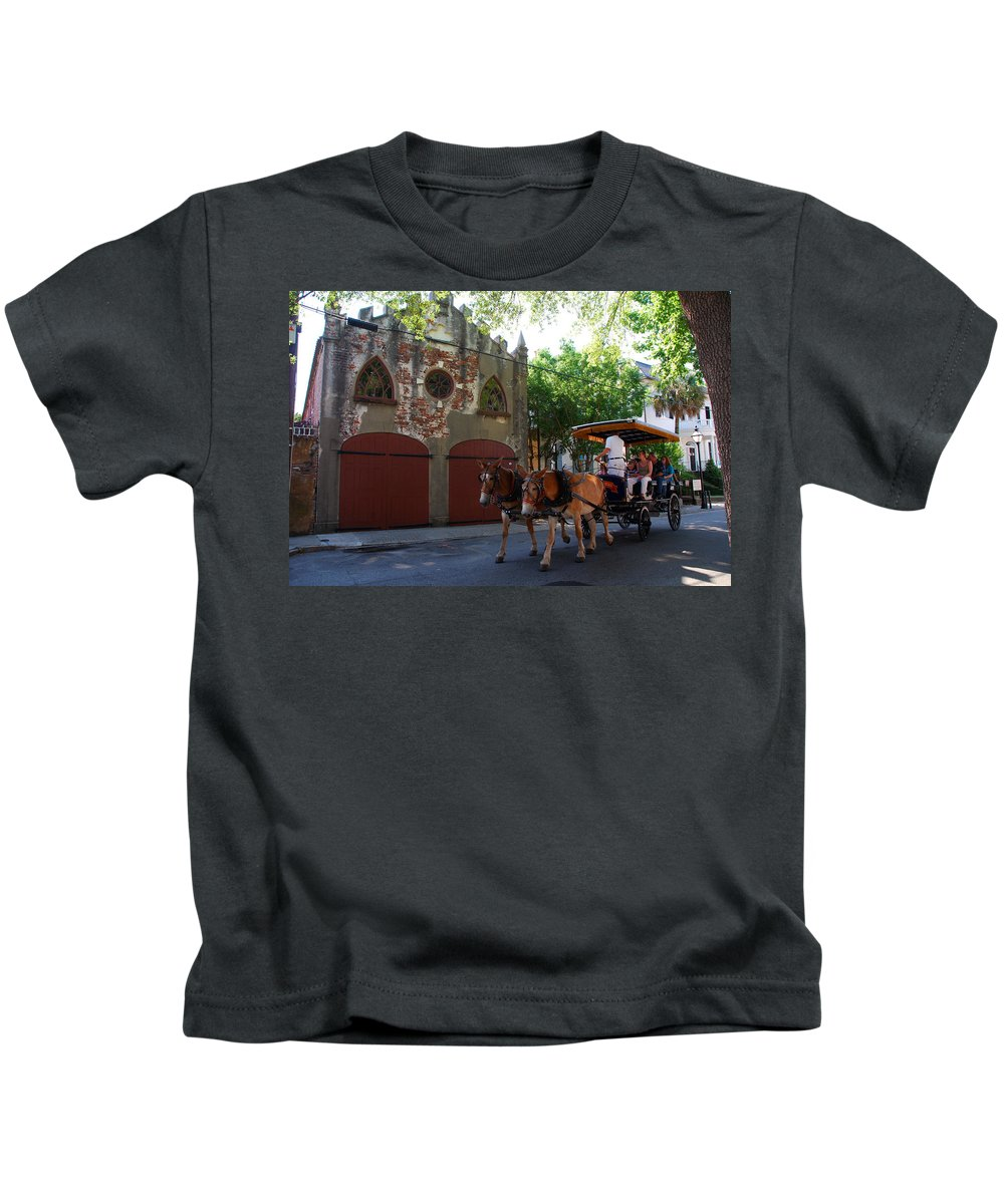 Photography Kids T-Shirt featuring the photograph Horse Carriage At Kings Street by Susanne Van Hulst
