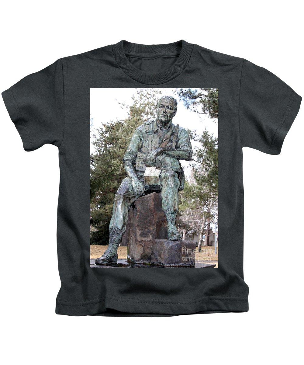 Vietnam Veterans Memorial Kids T-Shirt featuring the photograph Inland Northwest Veterans Memorial Statue by Carol Groenen
