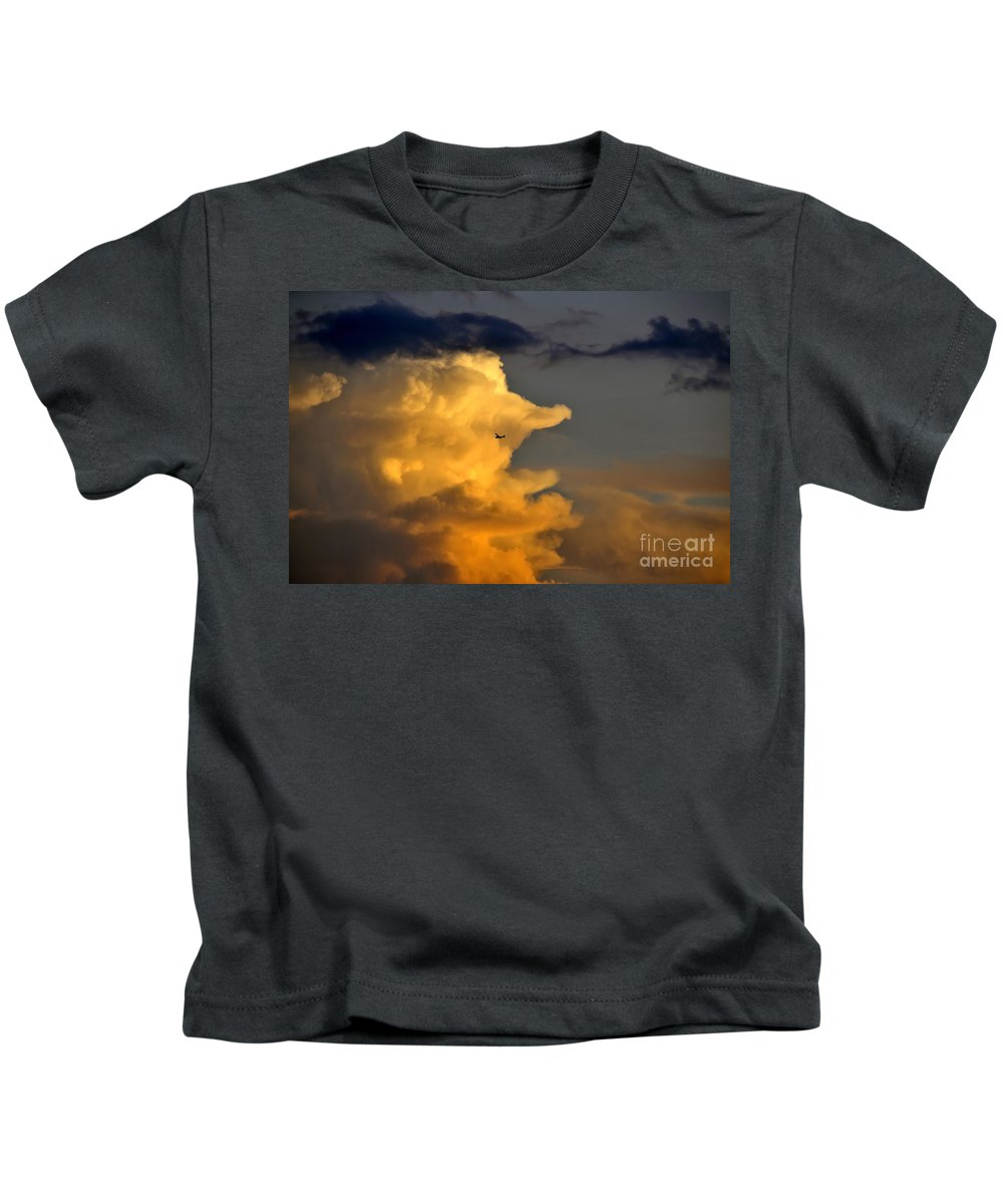 Flying Kids T-Shirt featuring the photograph Into The Storm by David Lee Thompson