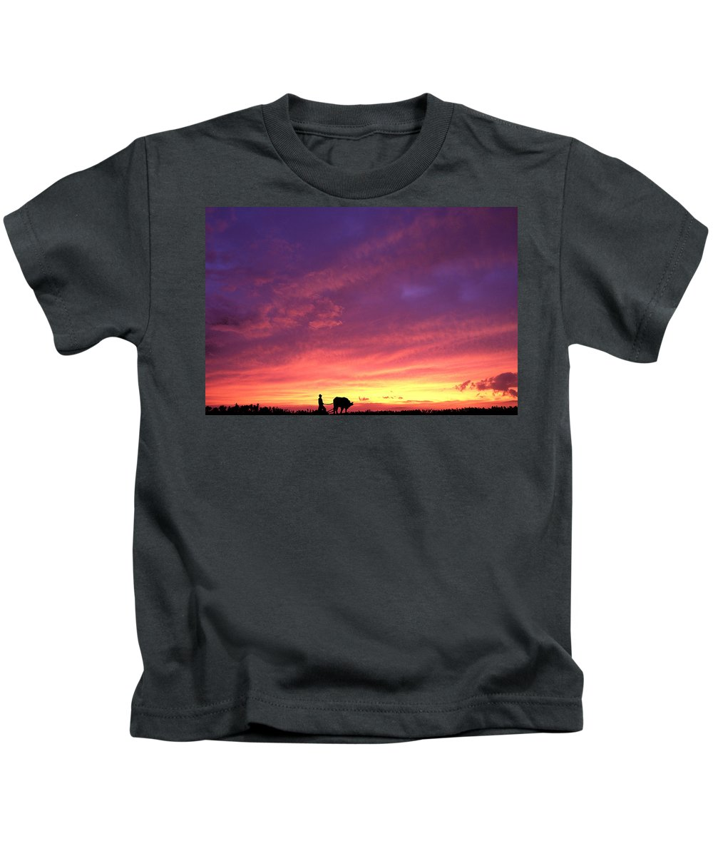 Sunset Kids T-Shirt featuring the photograph Laguna Sunset by George Cabig