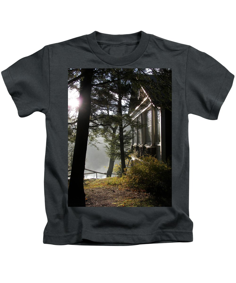 Catskills Kids T-Shirt featuring the photograph Lake House In Morning by Linda K Grey