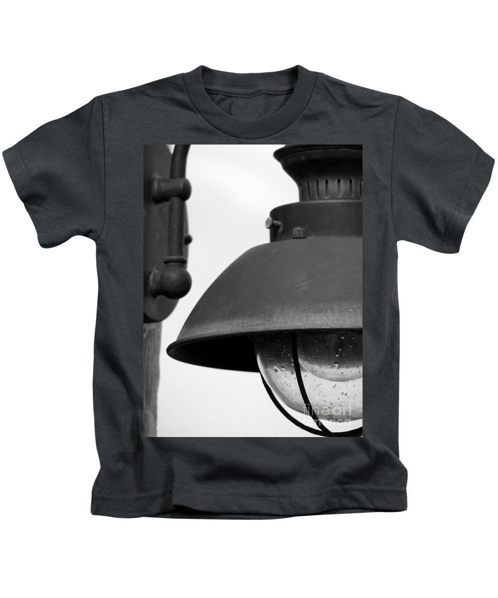 Lamppost Kids T-Shirt featuring the photograph Lamp Post by Amanda Barcon