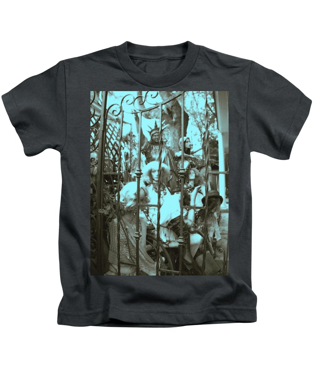 New Hope Kids T-Shirt featuring the photograph America The Land Of The Free by Susan Carella