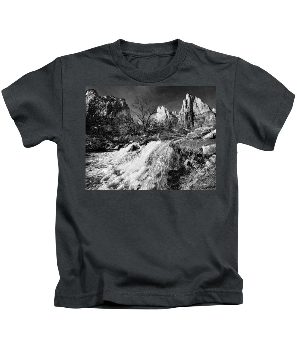 Mountains Kids T-Shirt featuring the photograph Late Afternoon At The Court Of The Patriarchs - Bw by Christopher Holmes