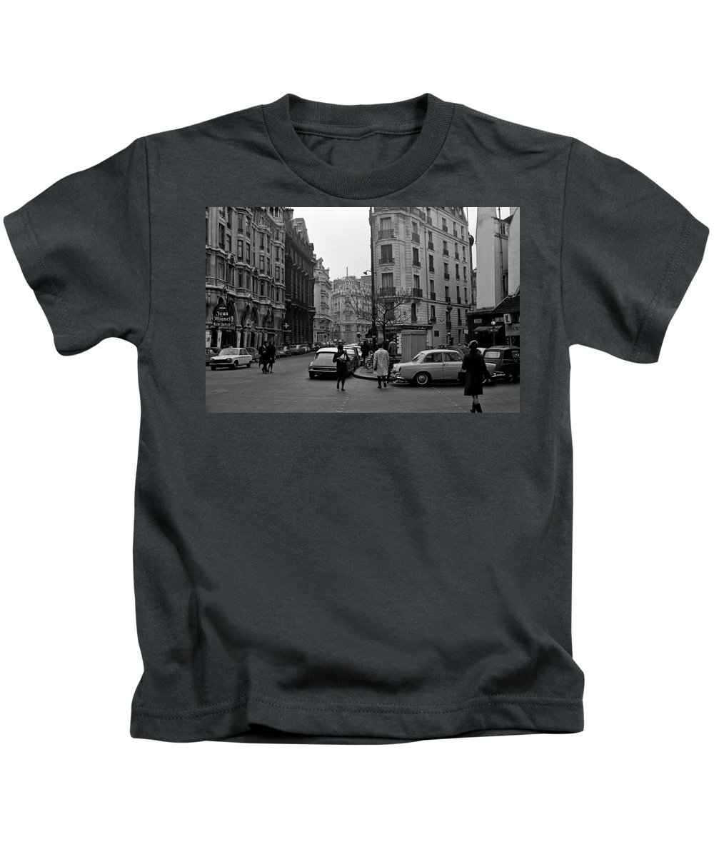 France Kids T-Shirt featuring the photograph Latin Quarter Paris 3 by Lee Santa
