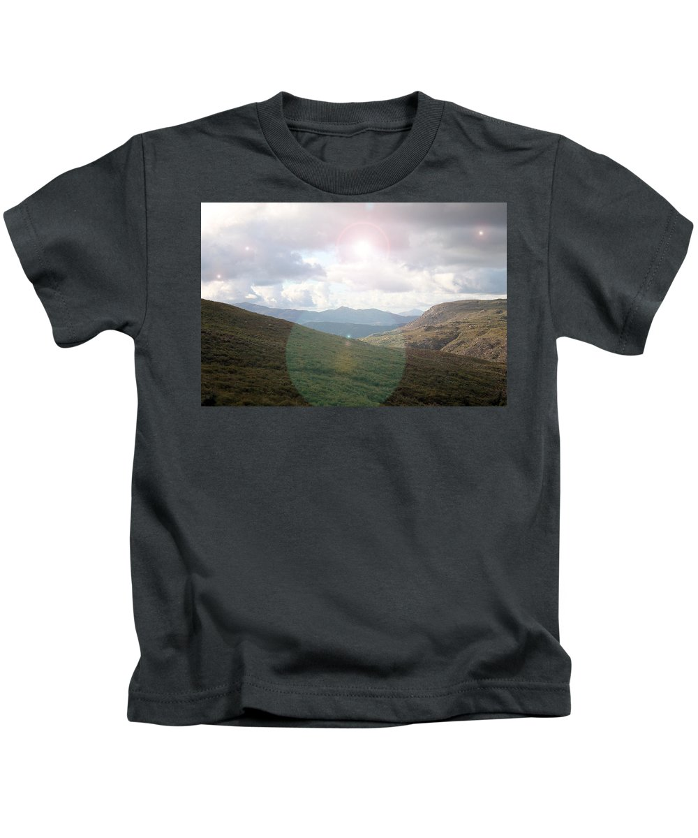 Landscape Kids T-Shirt featuring the photograph Lihgt In The Sky by Guillermo Mason