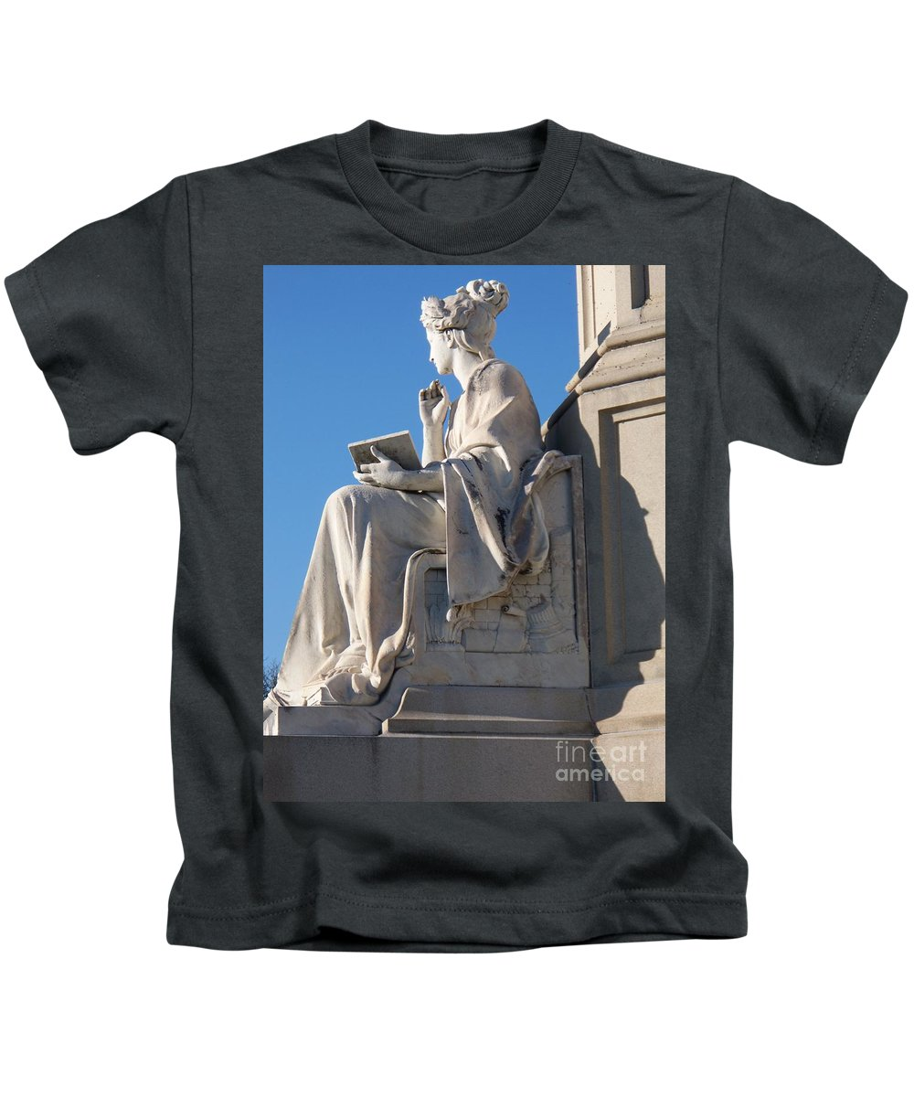 Lincoln Kids T-Shirt featuring the painting lincoln statue Gettysburg PA by Eric Schiabor