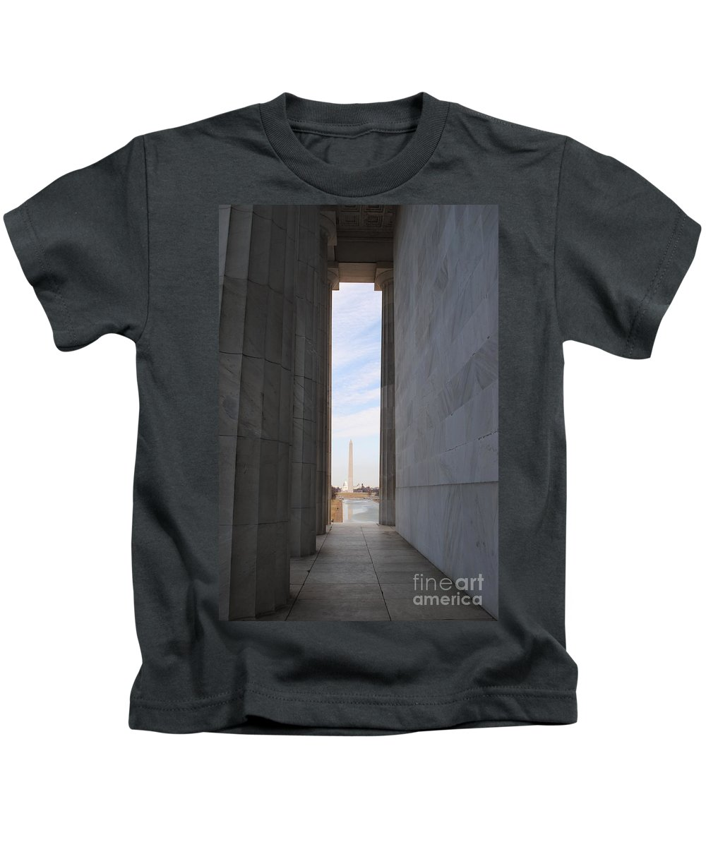 Lincoln Kids T-Shirt featuring the photograph Lincoln's View by Jost Houk