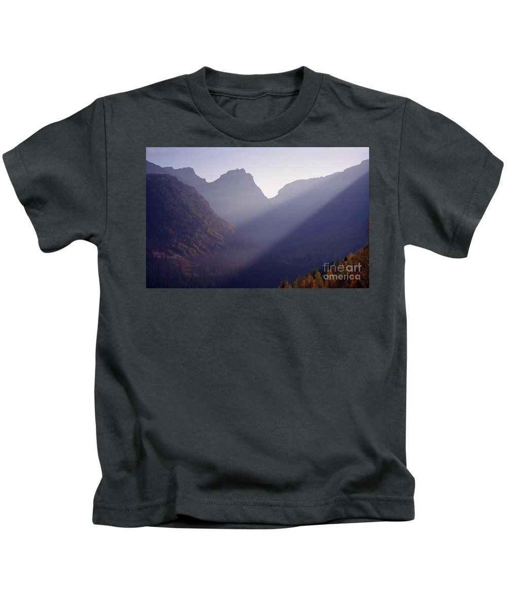 Mountains Kids T-Shirt featuring the photograph Logan Pass by Richard Rizzo