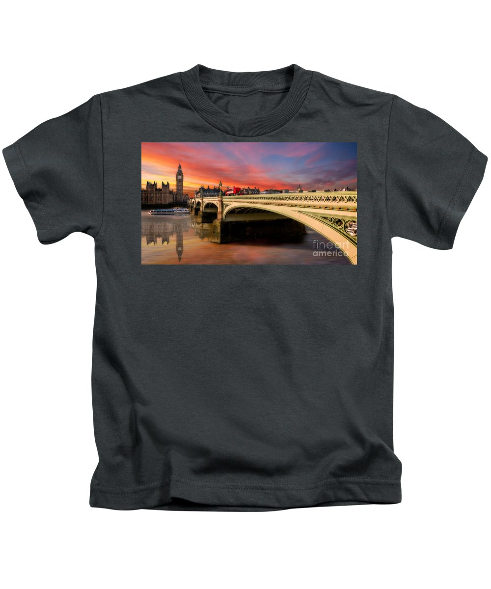 Sunset Kids T-Shirt featuring the photograph London Sunset by Adrian Evans