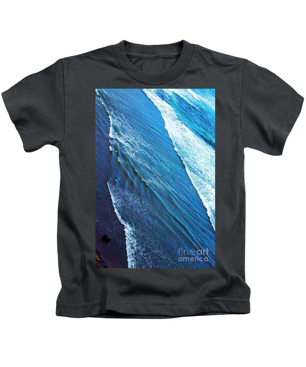 Long Reef Kids T-Shirt featuring the photograph Long Reef by Sheila Smart Fine Art Photography