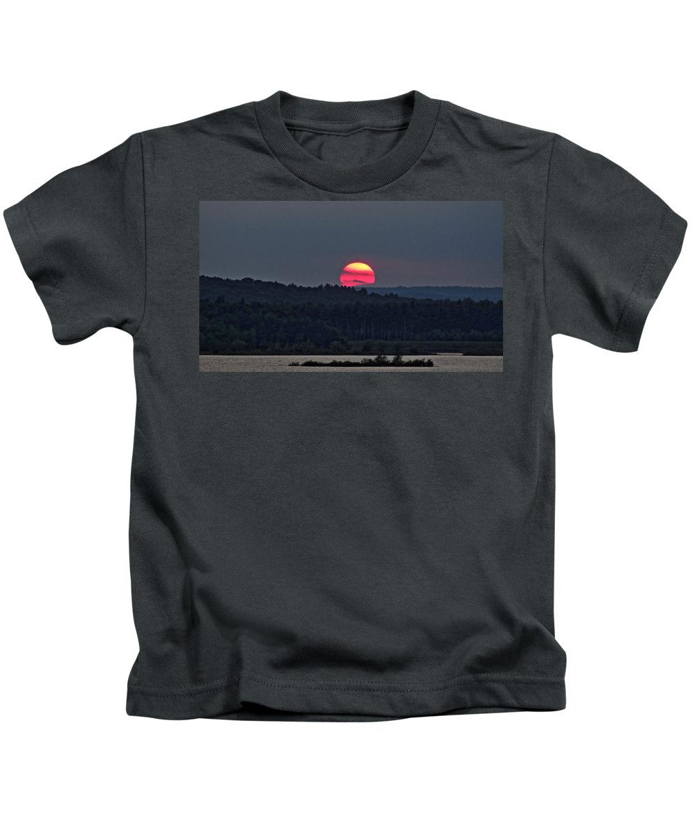 Vivid Sunset Kids T-Shirt featuring the photograph Long Zoom by Ronald Raymond