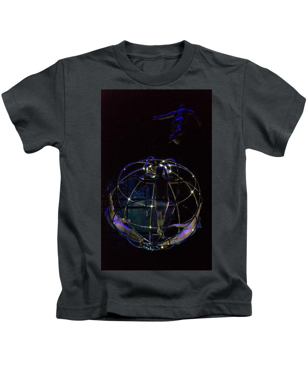 Las Vegas Kids T-Shirt featuring the photograph Low Budget Spacecraft by Alex Lapidus