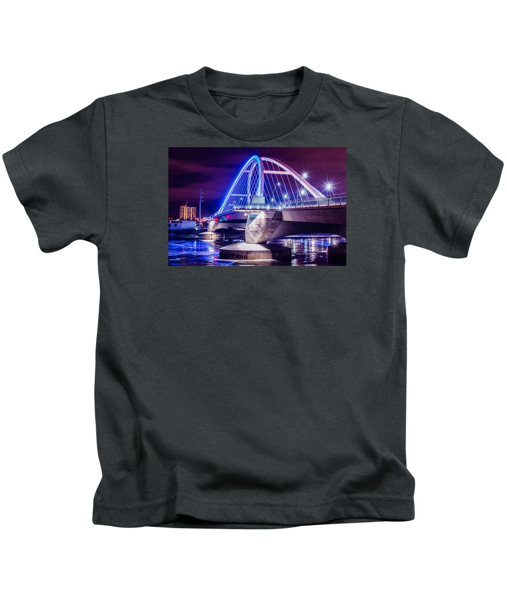 Landscape Kids T-Shirt featuring the photograph Lowry Bridge @ Night by Pezios Photography