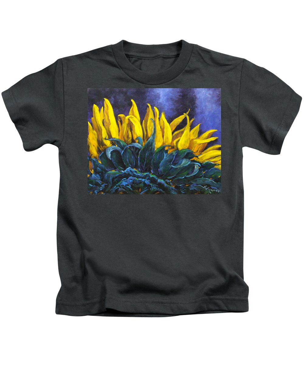 Flower Kids T-Shirt featuring the painting Majestica by Richard T Pranke