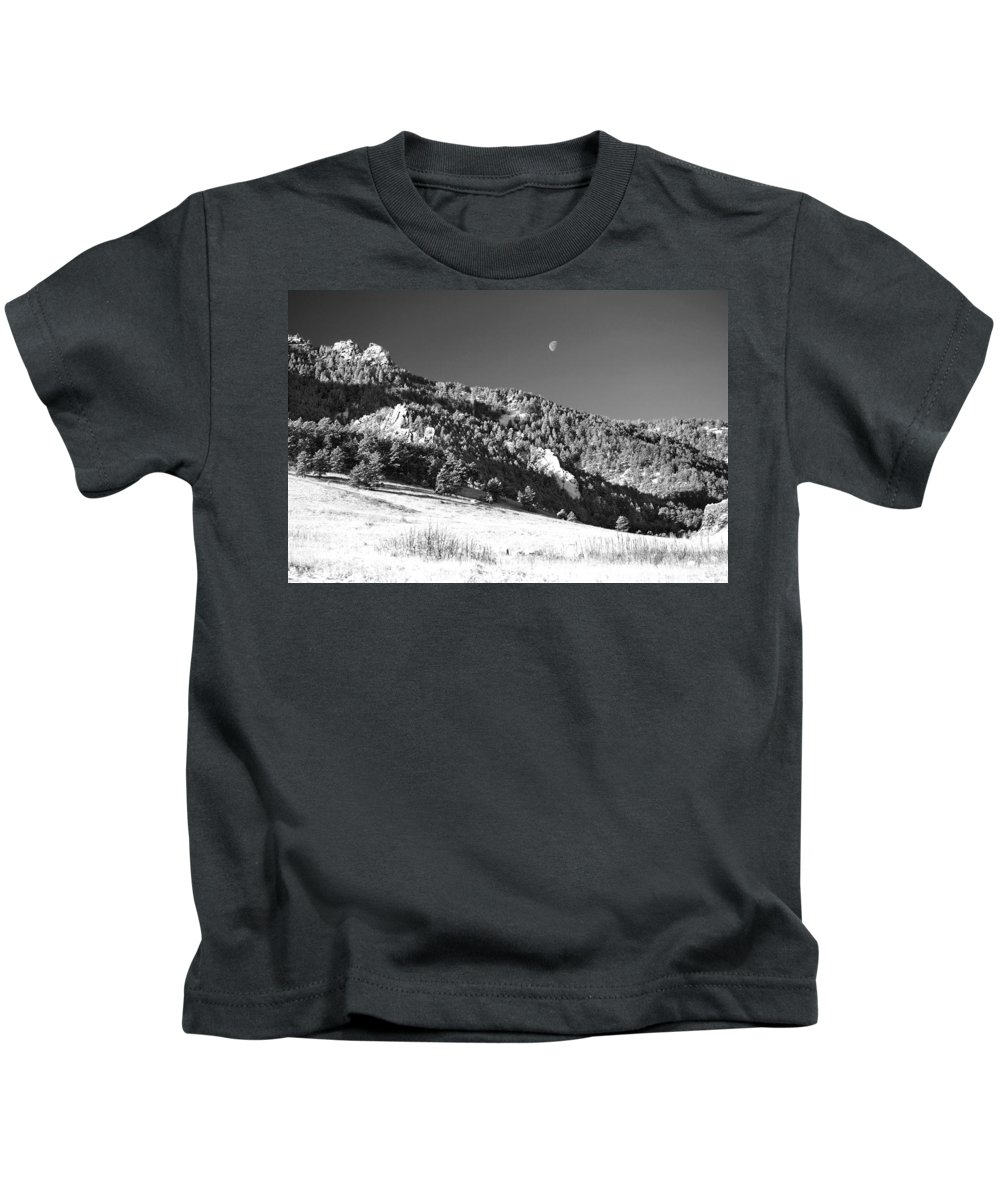 Colorado Kids T-Shirt featuring the photograph Moon Over Chatauqua 2 by Marilyn Hunt