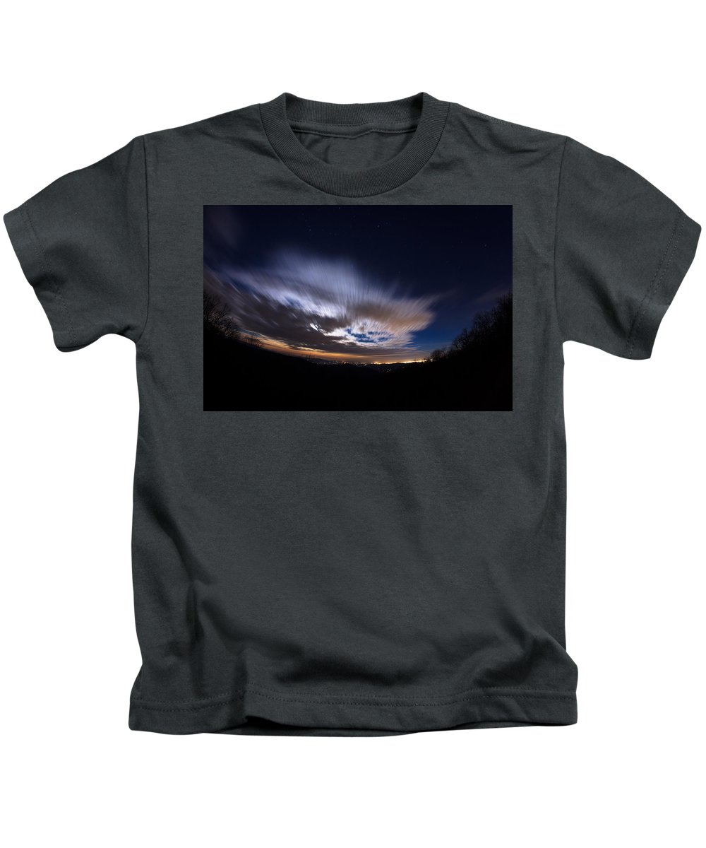 Kids T-Shirt featuring the photograph Moon Rise 1 by Jason Rinehart