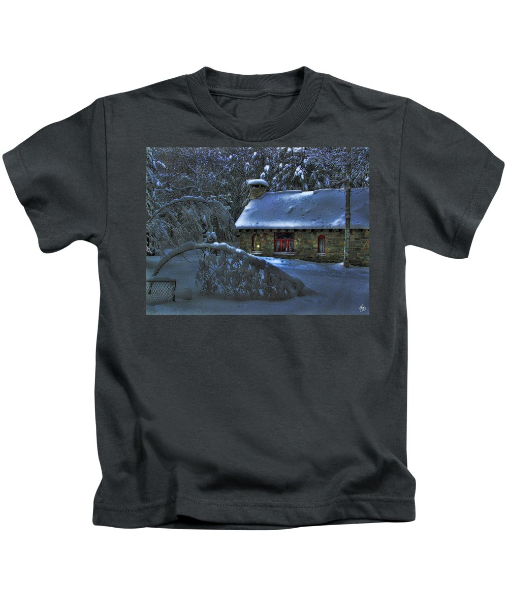Moon Kids T-Shirt featuring the photograph Moonlight On The Stonehouse by Wayne King