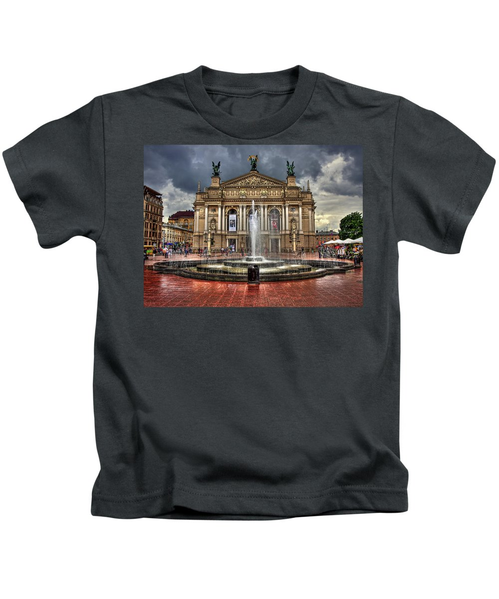 Architecture Kids T-Shirt featuring the photograph Music Of My Heart by Evelina Kremsdorf