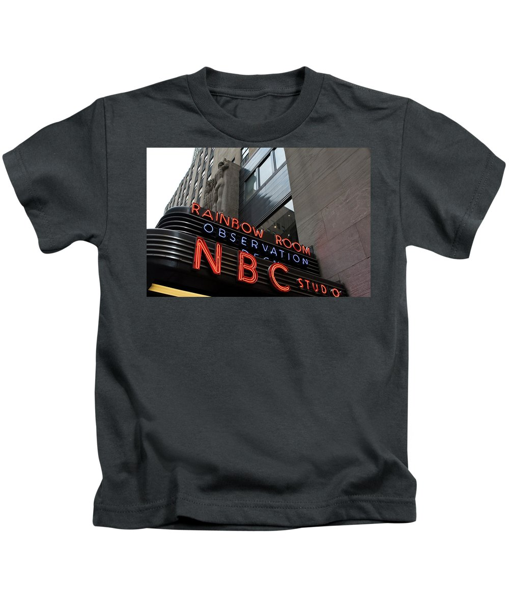 Iconic Sign Kids T-Shirt featuring the photograph Nbc Studio Rainbow Room Sign by Lorraine Devon Wilke