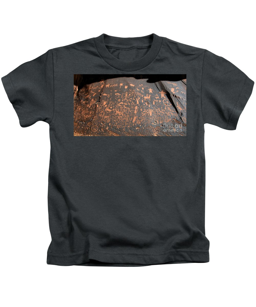 Newspaper Rock State Park Utah Kids T-Shirt featuring the photograph Newspaper Rock by David Lee Thompson