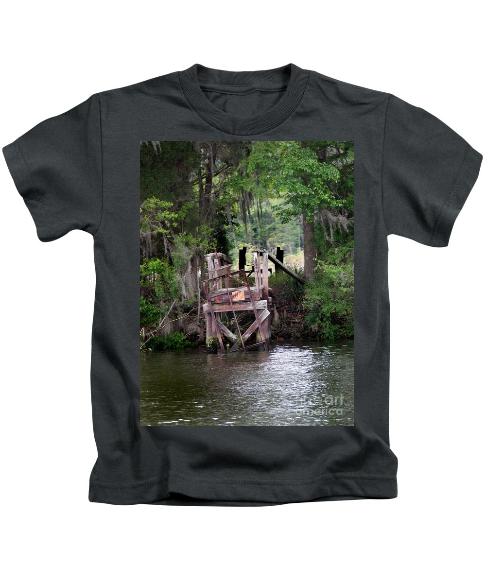 Scenic Tours Kids T-Shirt featuring the photograph No Trespsassing by Skip Willits
