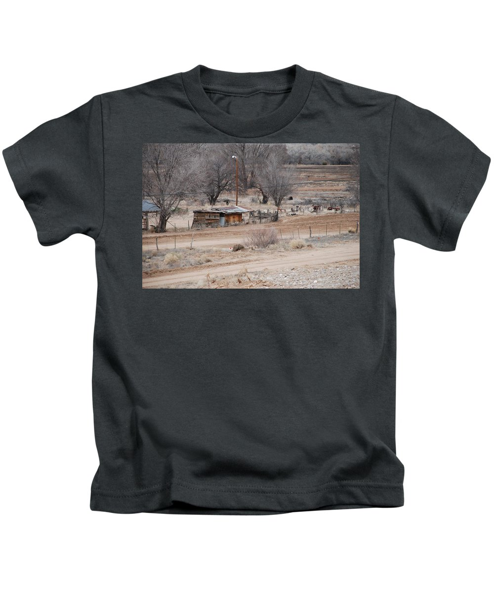 House Kids T-Shirt featuring the photograph Old Ranch House by Rob Hans