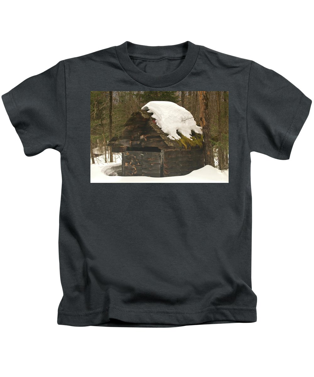 white Mountains Kids T-Shirt featuring the photograph Old Shed by Paul Mangold