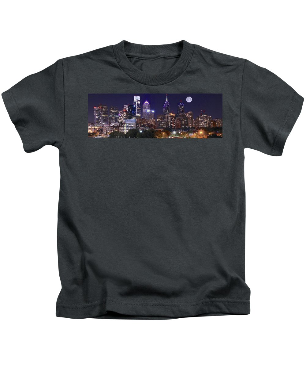 Philadelphia Kids T-Shirt featuring the photograph Philadelphia Full Moon Panorama by Skyline Photos of America