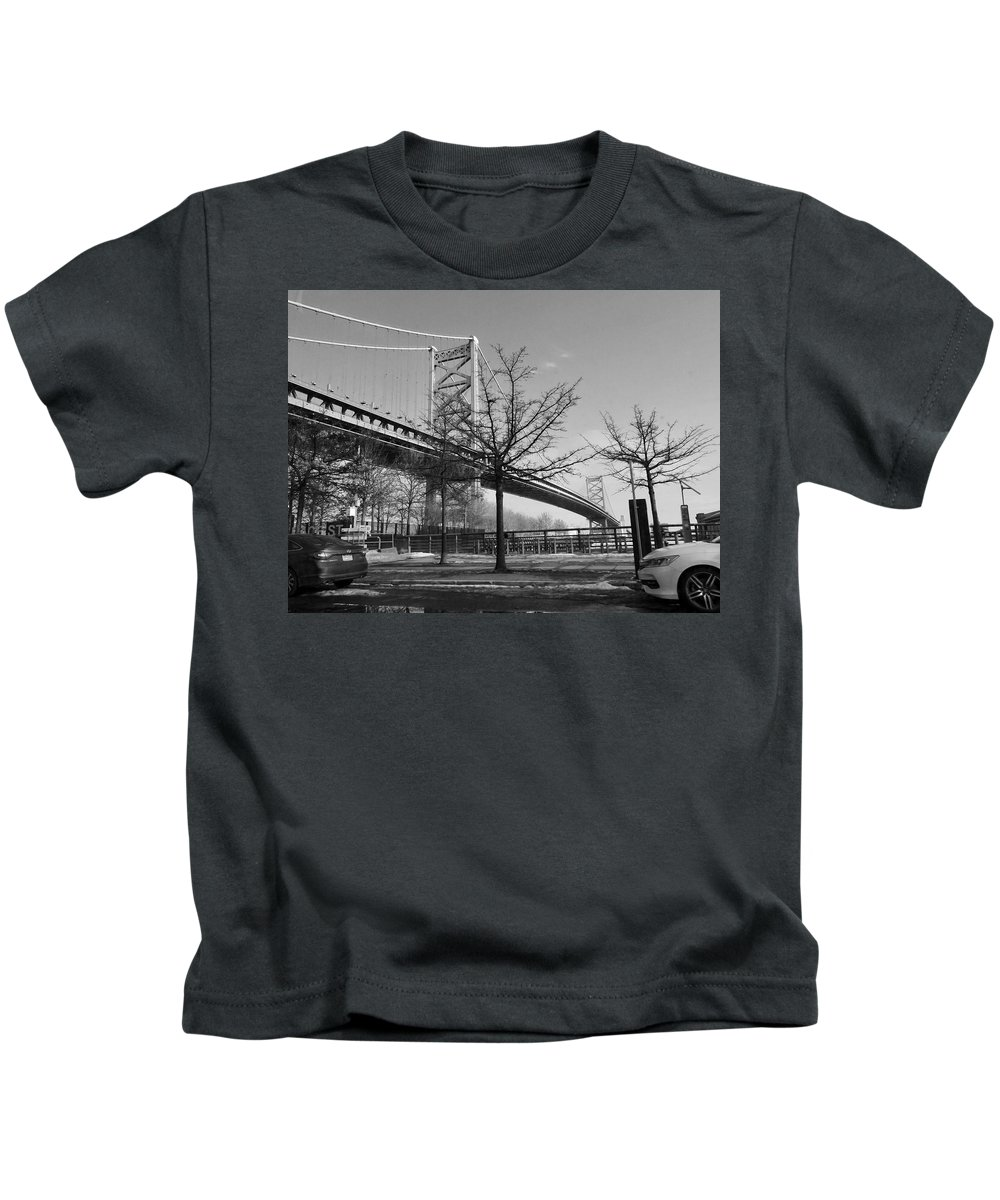 Philly Kids T-Shirt featuring the photograph Philadelphia by Olga Melendez