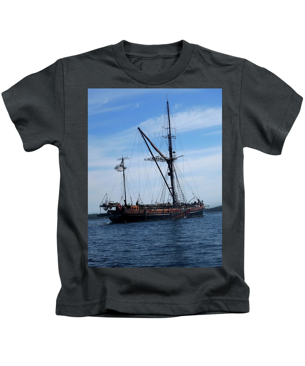 Pirate Ship Kids T-Shirt featuring the photograph Pirate Ship by Darielle Mesmer