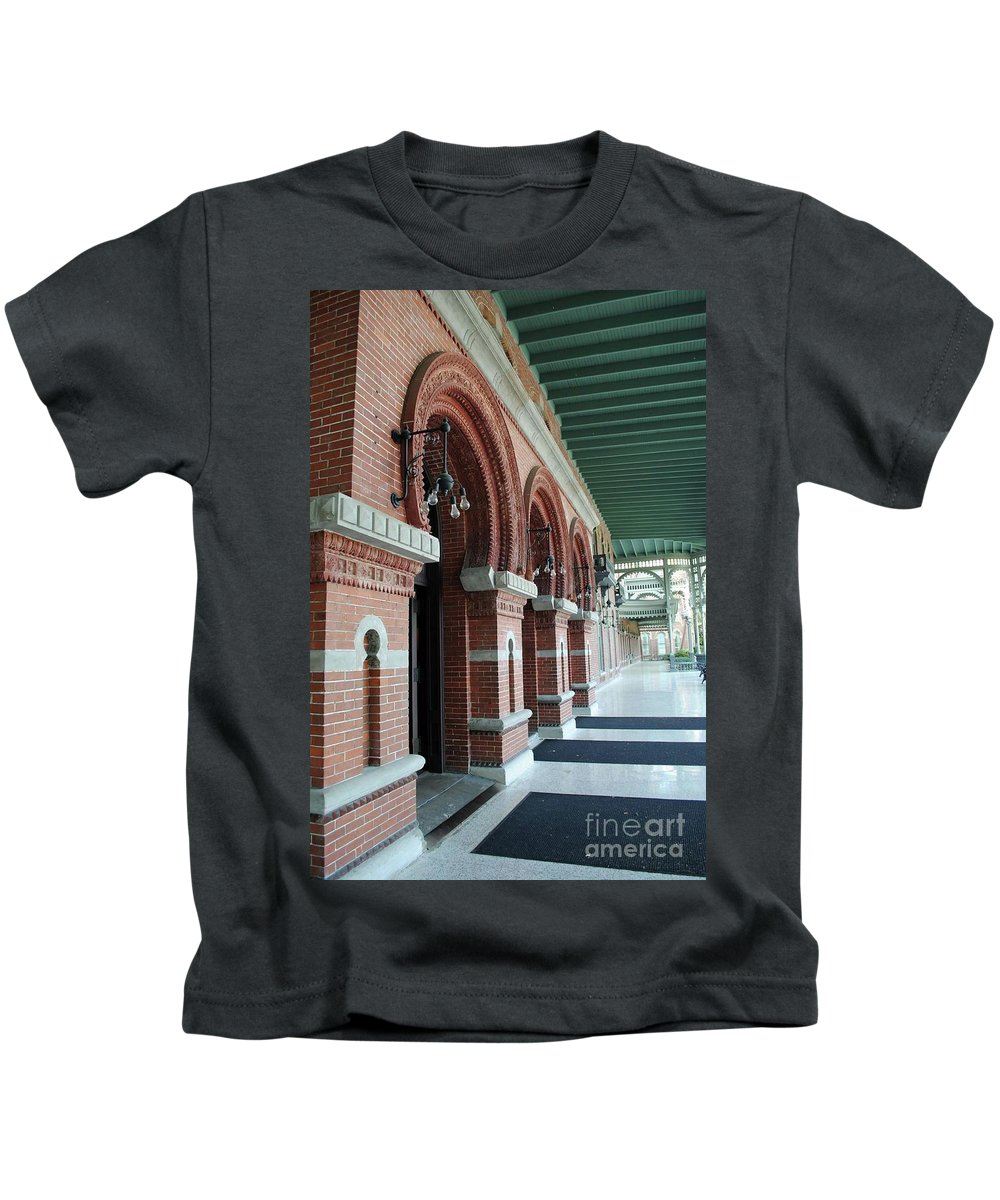Unviersity Of Tampa Kids T-Shirt featuring the photograph Plant Hall by Jost Houk