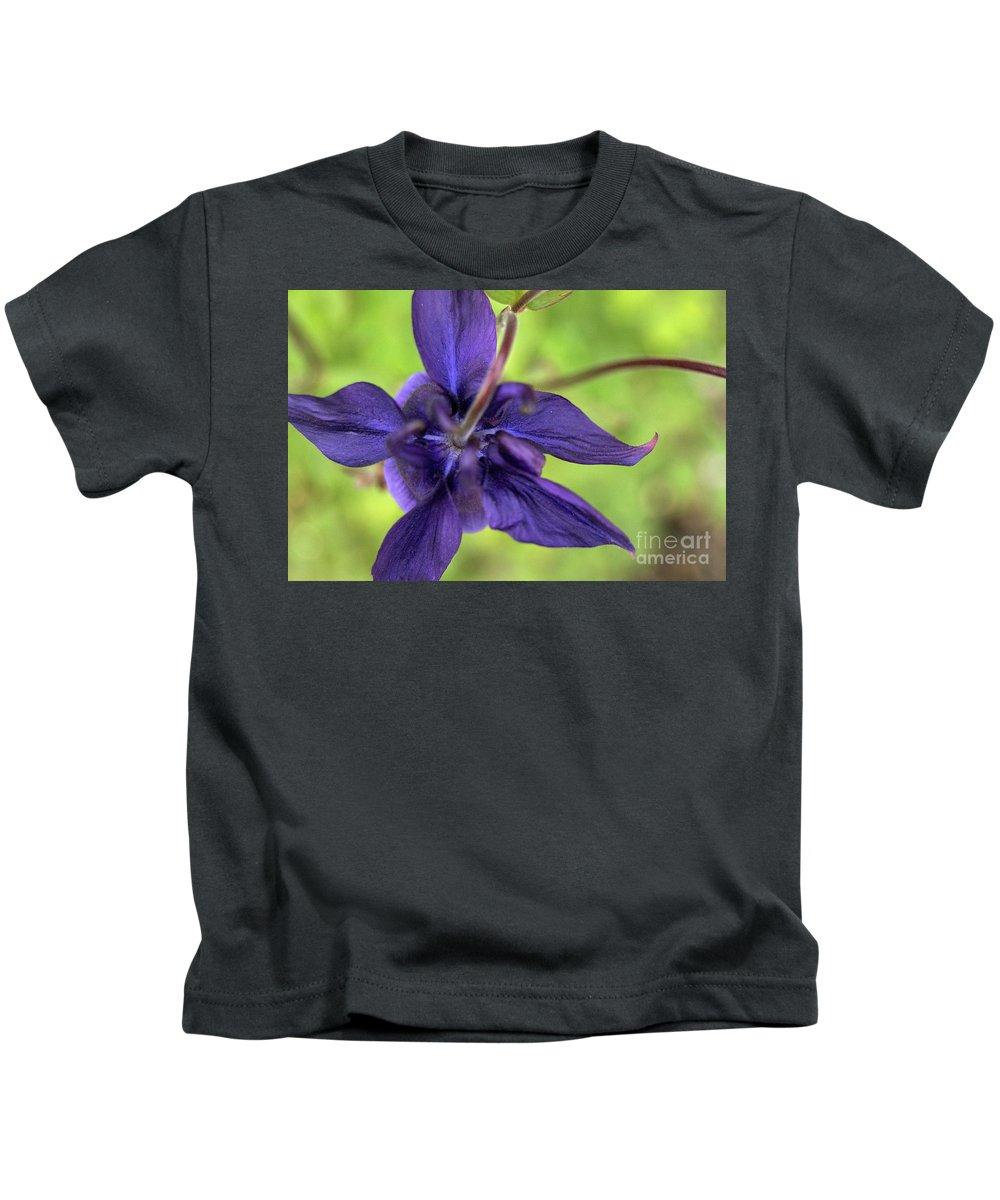 Purple Kids T-Shirt featuring the photograph Purple Beaut by Edmund Mazzola