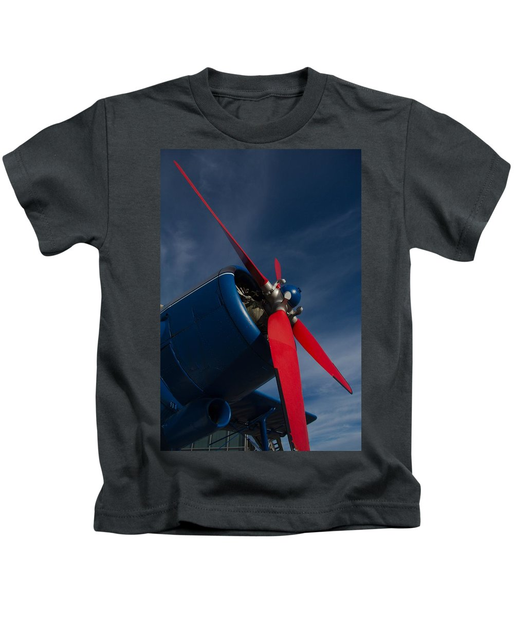 Propeller Kids T-Shirt featuring the photograph R-propeller by Martin Michael Pflaum